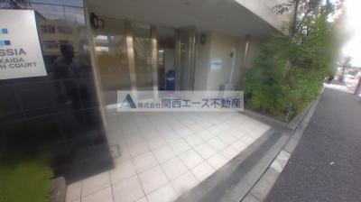 【エントランス】CASSIA高井田NorthCourt