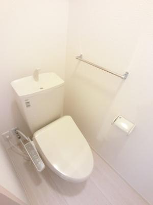 温水洗浄付便座です