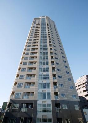 プライムアーバン新宿夏目坂タワーレジデンスの外観です。