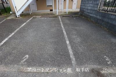 【駐車場】アラベスク