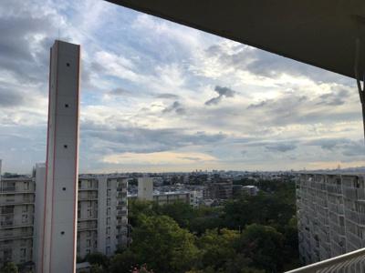 【現地写真】目の前には高い建物はございません♪