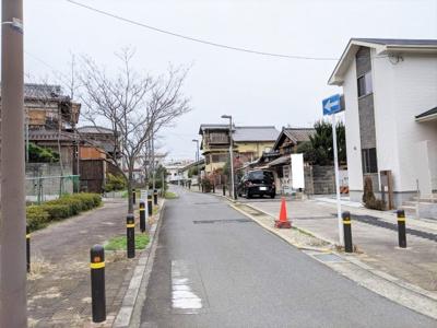 【前面道路含む現地写真】ブルーミングガーデン京都市伏見区醍醐辰己町