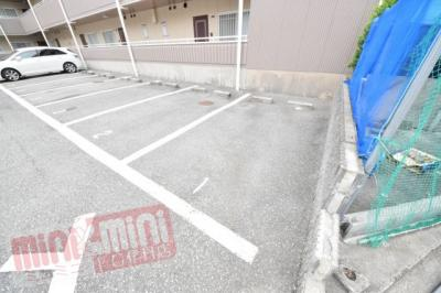 【駐車場】カームライフ中野