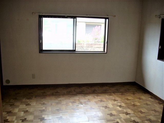 1F南側洋室