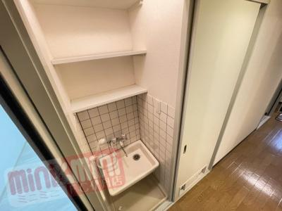 室内廊下にはペット用の洗い場がありますよ。
