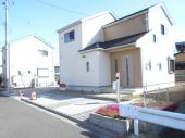 中古戸建 加須市 大越(おおごえ) 土地広々97坪カースペース6台 築5年の画像