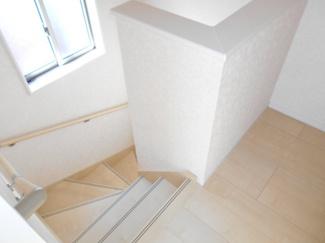 階段も陽当りです。