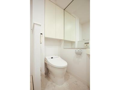 【トイレ】クレジデンス神谷町