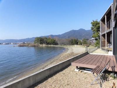 ウッドデッキからの琵琶湖パノラマ眺望