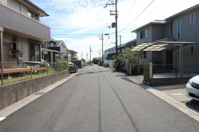 前面道路は幅員6m