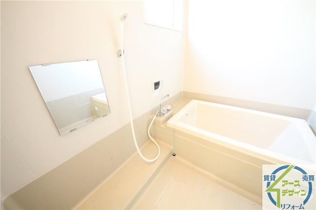 【浴室】タウンハウス魚住