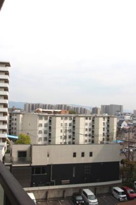 バルコニーからの眺望です。見晴らし良好ですね♪