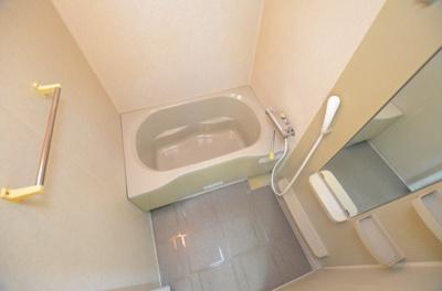 【浴室】キャメロット北堀江