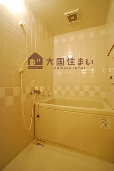【浴室】ホワイティKIMI