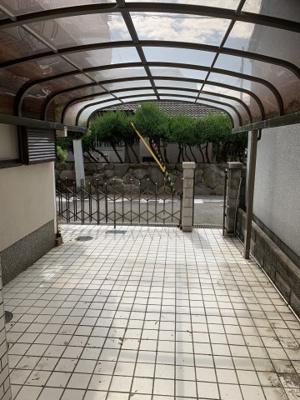 【駐車場】稲葉荘2丁目中古建て