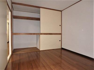 【寝室】ドミール川口