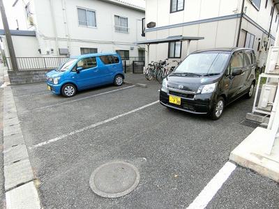 【駐車場】シャルムベル