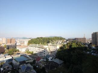10階南東向きなので、お部屋のバルコニーからの景色が開けているのが気持ちいい!