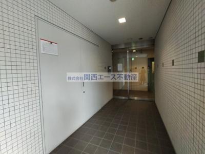 【エントランス】八戸ノ里HIROビル
