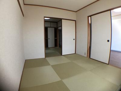 【寝室】サンハイツ高槻4号館 (株)Roots