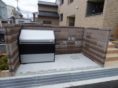 【エントランス】ラシュレ コニシ