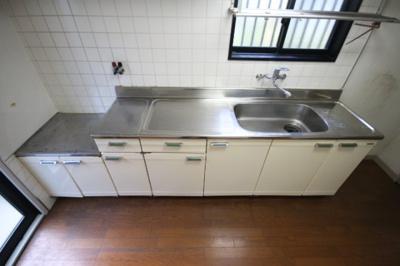 【キッチン】神戸鶴甲戸建