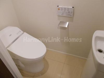 ルジェンテ目黒のシンプルで使いやすいトイレです