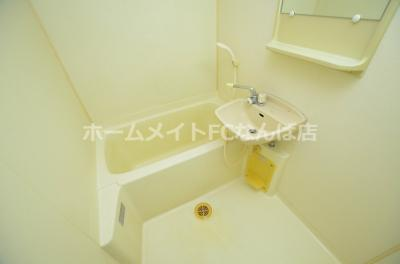 【浴室】ヴェルドミール山忠松屋町