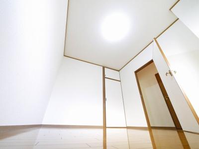 【洋室】ストーク新大宮