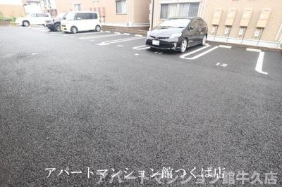 【駐車場】ゼピュロス学園の森O