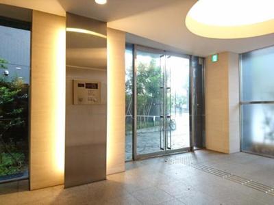 アパートメンツタワー六本木 エントランス