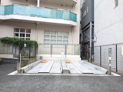 アパートメンツタワー六本木 駐車場