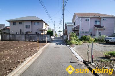 【前面道路含む現地写真】立川市栄町3丁目 売地 建築条件はありません