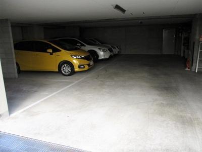 【駐車場】甲南セゾン兵庫