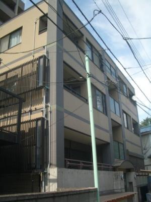 JR、京成、モノレール、3駅徒歩圏内の物件です。