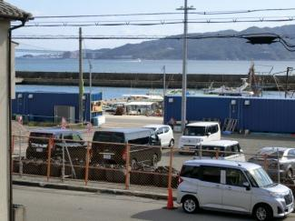 バルコニーからの眺望です 淡路島 明石海峡大橋がみえます