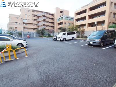【駐車場】東急ドエル横浜ヒルサイドガーデン1号棟
