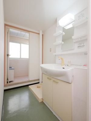 【独立洗面台】共済ハウス