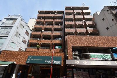 麻布十番駅より徒歩3分 商店街沿いの素敵なマンションです