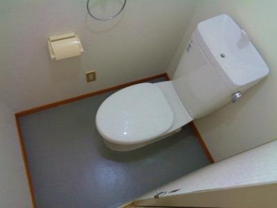 【トイレ】ファミリア87