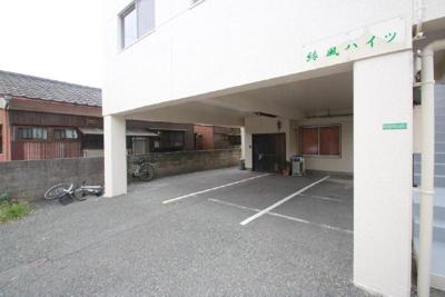 【駐車場】緑風ハイツ
