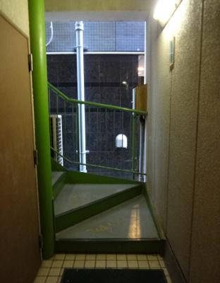 深澤ビル 共用階段