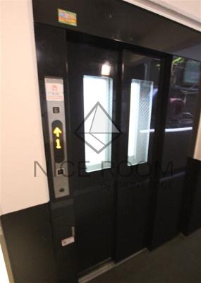 ルリオン目黒Ⅰ エレベーター