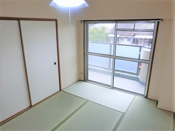 【現地写真】畳、新品です♪ キレイな和室です♪