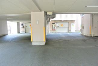 駐車場入り口です