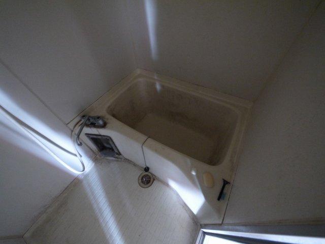 【浴室】トレフビル飲食街