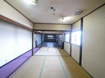 【内装】トレフビル飲食街