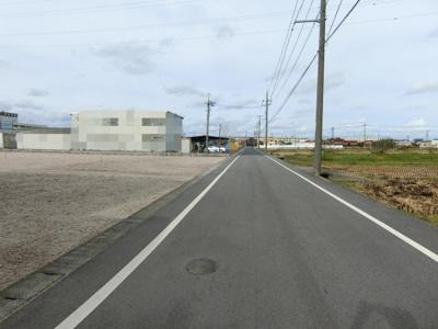 【前面道路含む現地写真】両三柳売り土地
