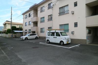 【駐車場】旭ヶ丘コーポラス西棟
