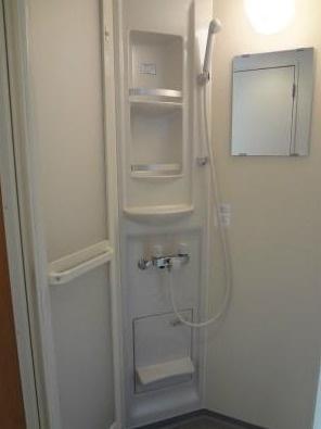 グレーズシャルマンのきれいなシャワールームです☆(別部屋参考写真)